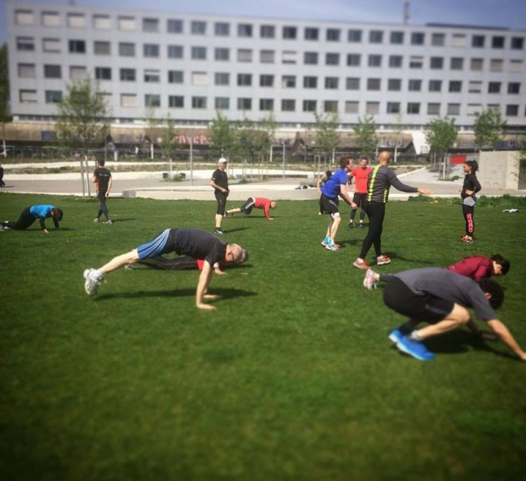 URBN Sports, bootcamp, outdoor, outdoor bootcamp, functional fitness, fitness, group, dynamic, dynamic, draussen, fitness draussen, fit werden, stark werden, Kraft, Ausdauer, Stadt, Sports, Sport Stadt, Sport, Fitness Stadt, zürich, Zurich, züri, city, Gruppenfitness